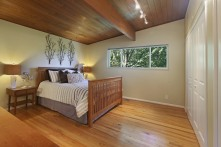 12_5091116thAveSE_14_MasterBedroom_NWMLS_1200x800